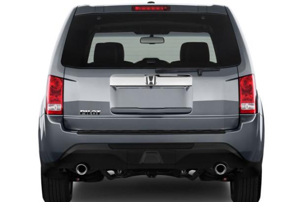 Honda Pilot - вид сзади