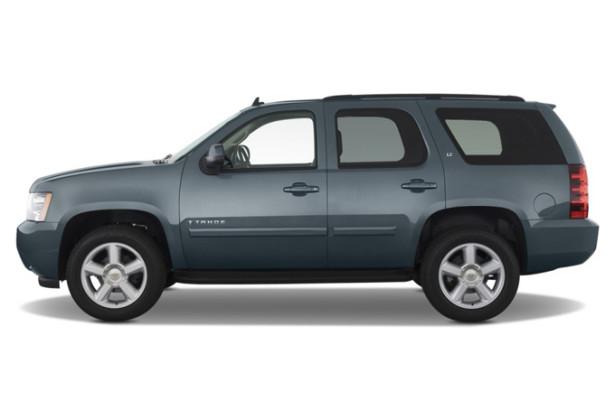 Chevrolet Tahoe вид сбоку