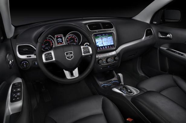 Dodge Journey - водительское место