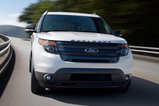 Ford Explorer - вид спереди