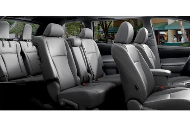 Toyota Highlander - 7 мест в салоне