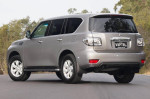 Nissan-Patrol - вид сзади