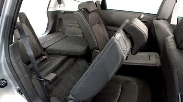 Nissan Qashqai+2 - доступ на третий ряд сидений для детей