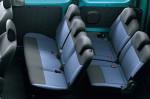 Nissan NV200 - 2-ой и 3-ий ряды в автомобиле