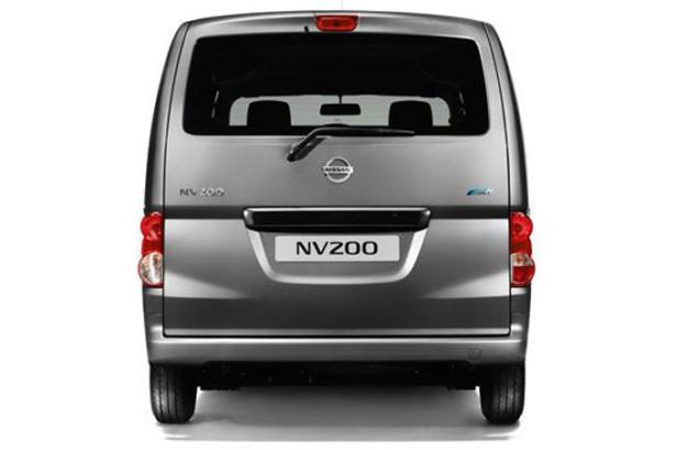 Nissan NV200 - вид сзади