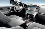 Toyota Land Cruiser 200 - руль и приборная панель