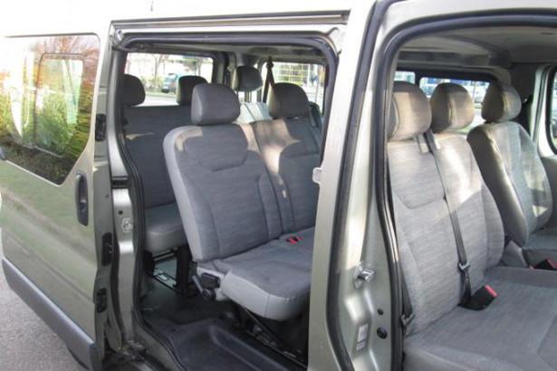 Renault Trafic Passenger - места в салоне