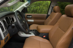 Передний ряд Toyota Sequoia