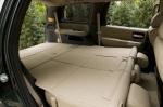 Полное складывание сидений Toyota Sequoia