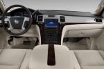 Cadillac Escalade - рулевая панель управления