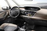 Citroen Grand C4 Picasso - рулевое управление и панель приборов
