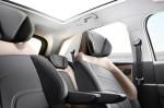 Citroen Grand C4 Picasso - в салоне автомобиля