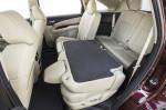 Acura MDX - раскладываем 2-ой ряд сидений