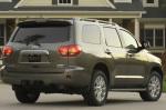Вид сзади Toyota Sequoia