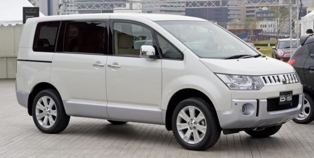 Mitsubishi Delica - японский минивэн