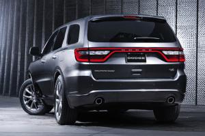Dodge Durango - вид сзади